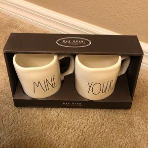 Other - Rae Dunn Mug Set